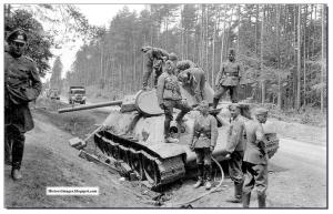 CAPTURED-t-34-TANK-GERMAN-SOLDIERS-RUSSIA-WW2